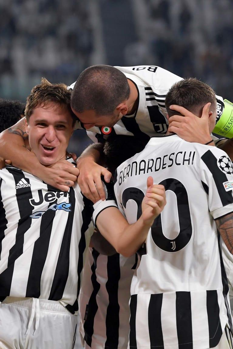 Chiesa garante a vitória sobre o Chelsea