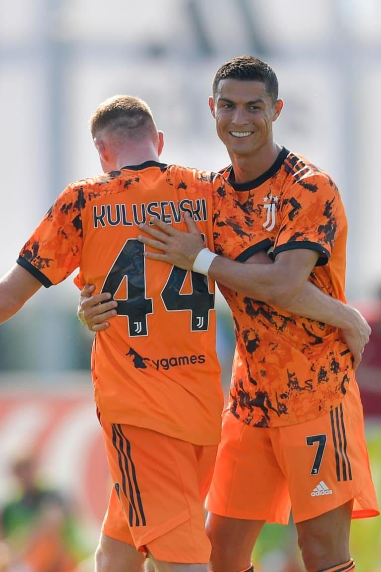 CRÔNICA | Cinco gols no primeiro amistoso vs Novara