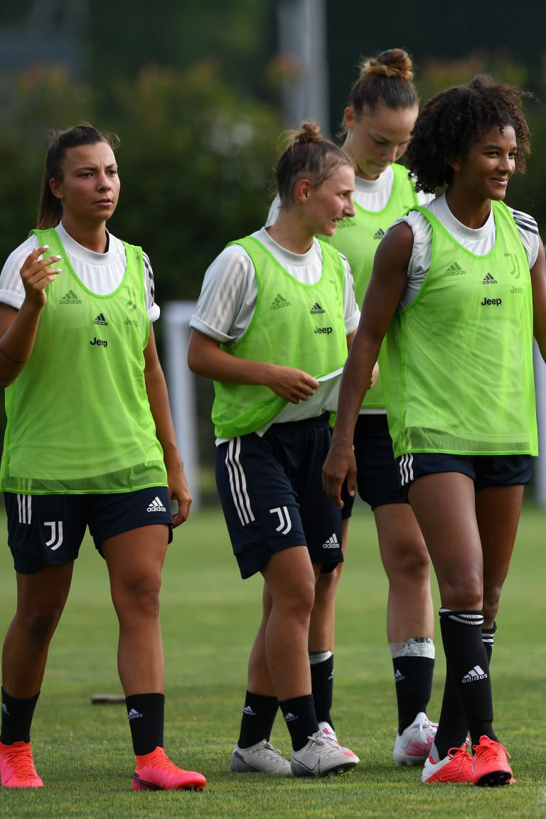 Women | First group training of the new season