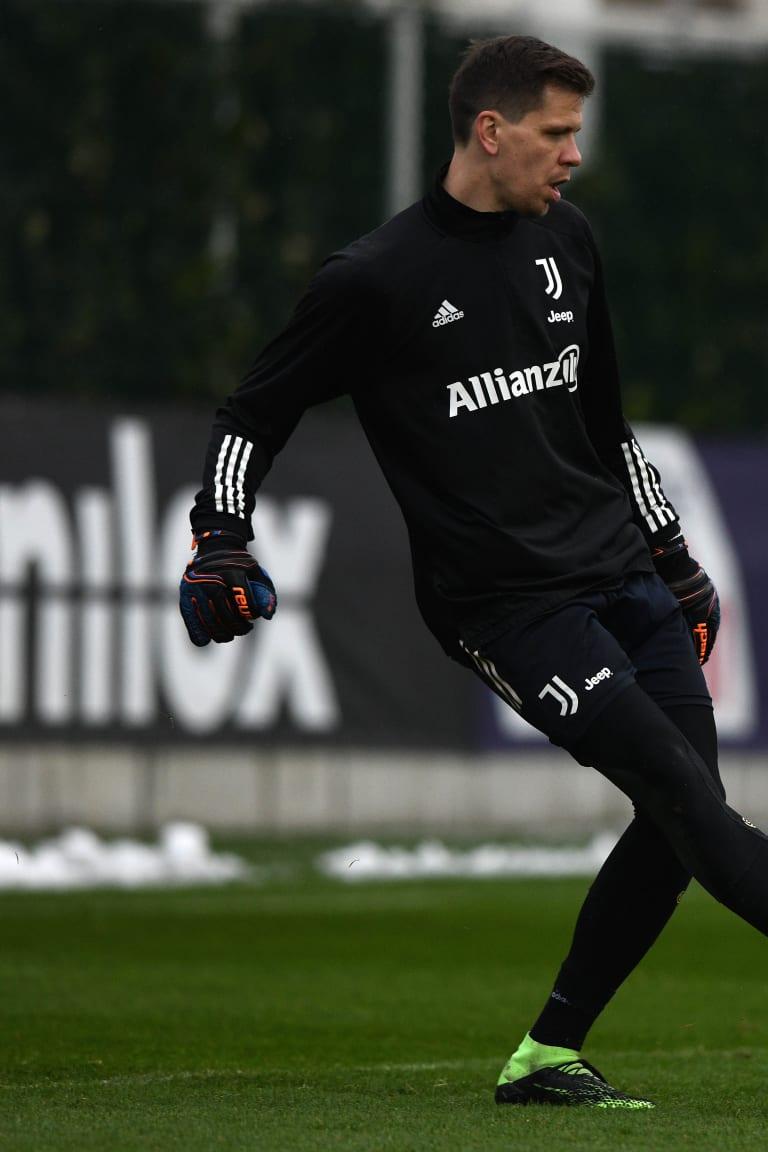Pusat Pelatihan | Fokus tertuju pada Inter