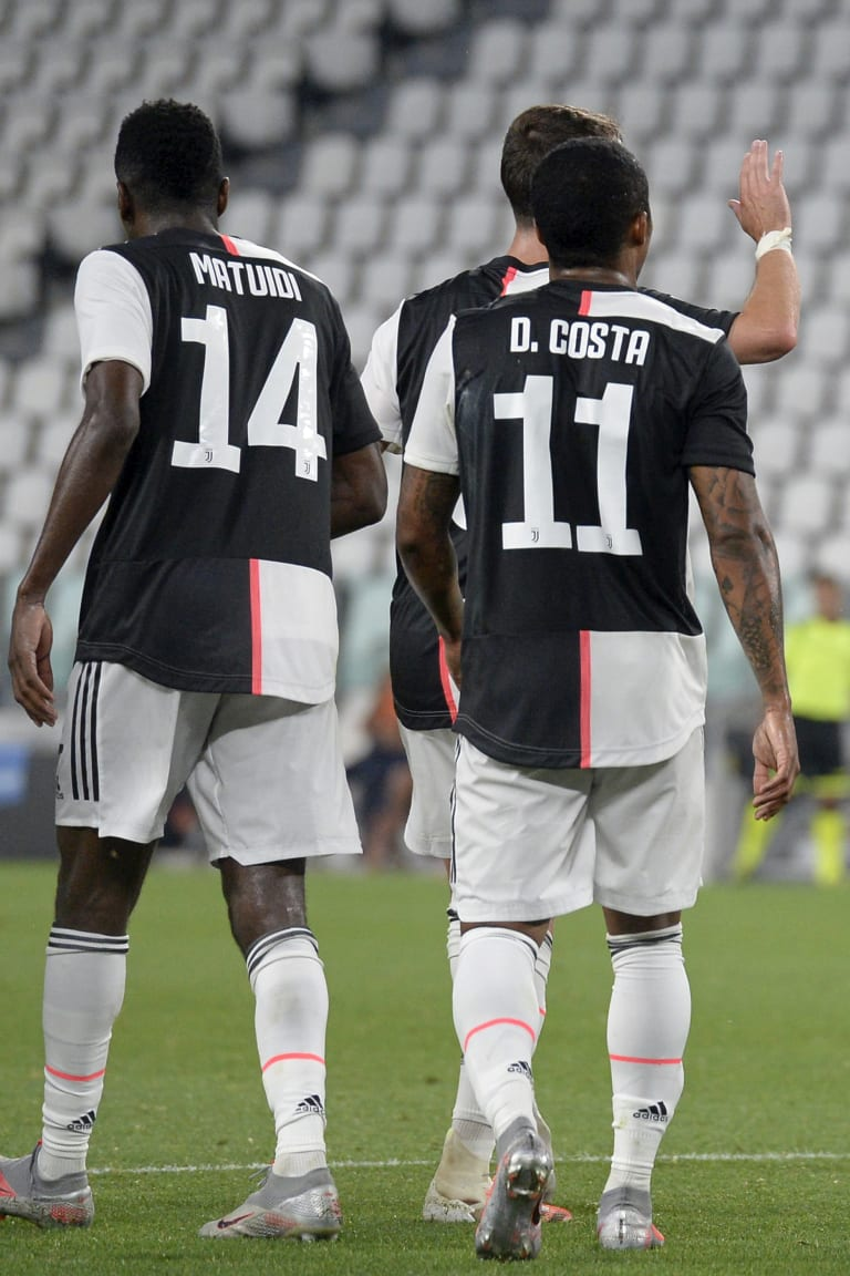 Daftar skuad untuk Genoa - Juve
