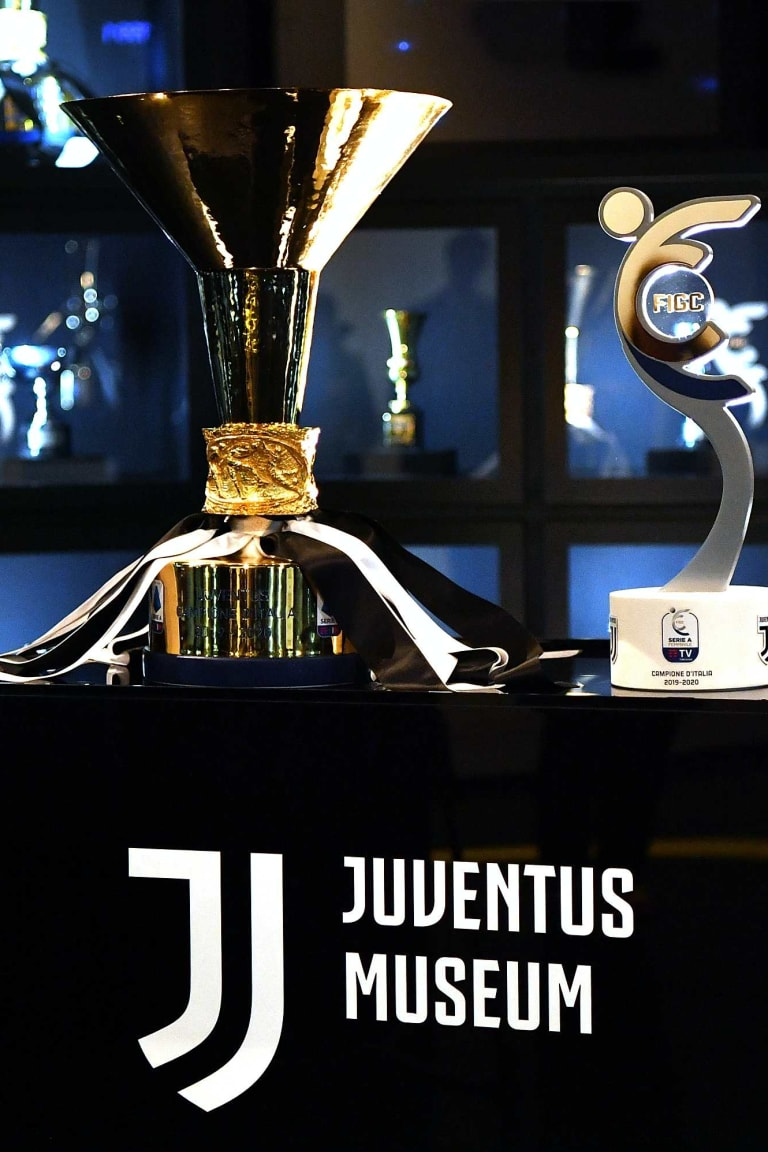 Stron9er and LEAD3RS: two trophies on display at the Juventus Museum!