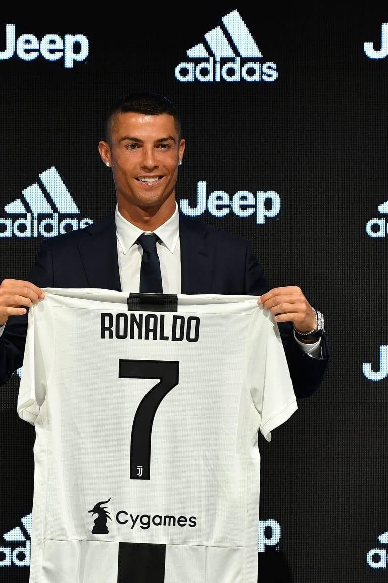 Cristiano Ronaldo is Bianconero!