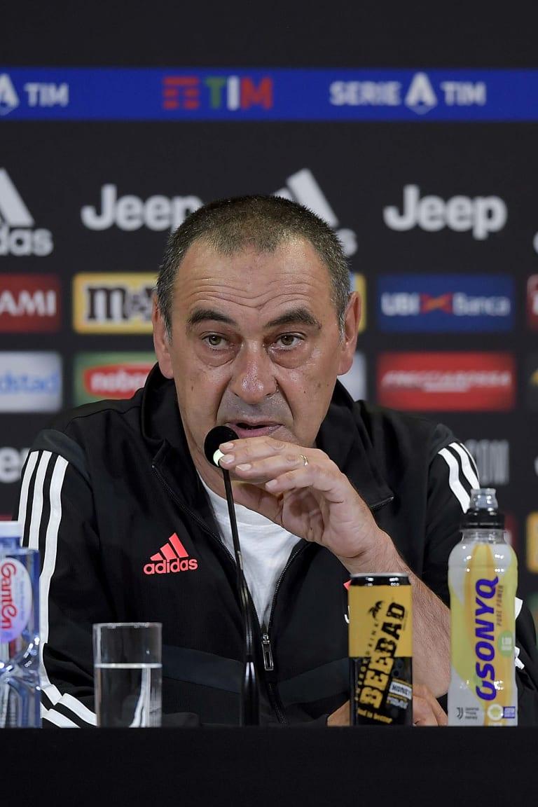Sarri presenta la sfida di Milano