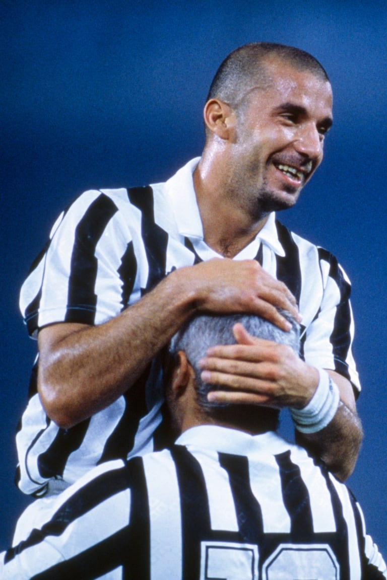 10 reasons to love Gianluca Vialli