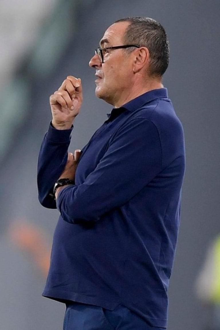 Maurizio Sarri dispensado de suas funções