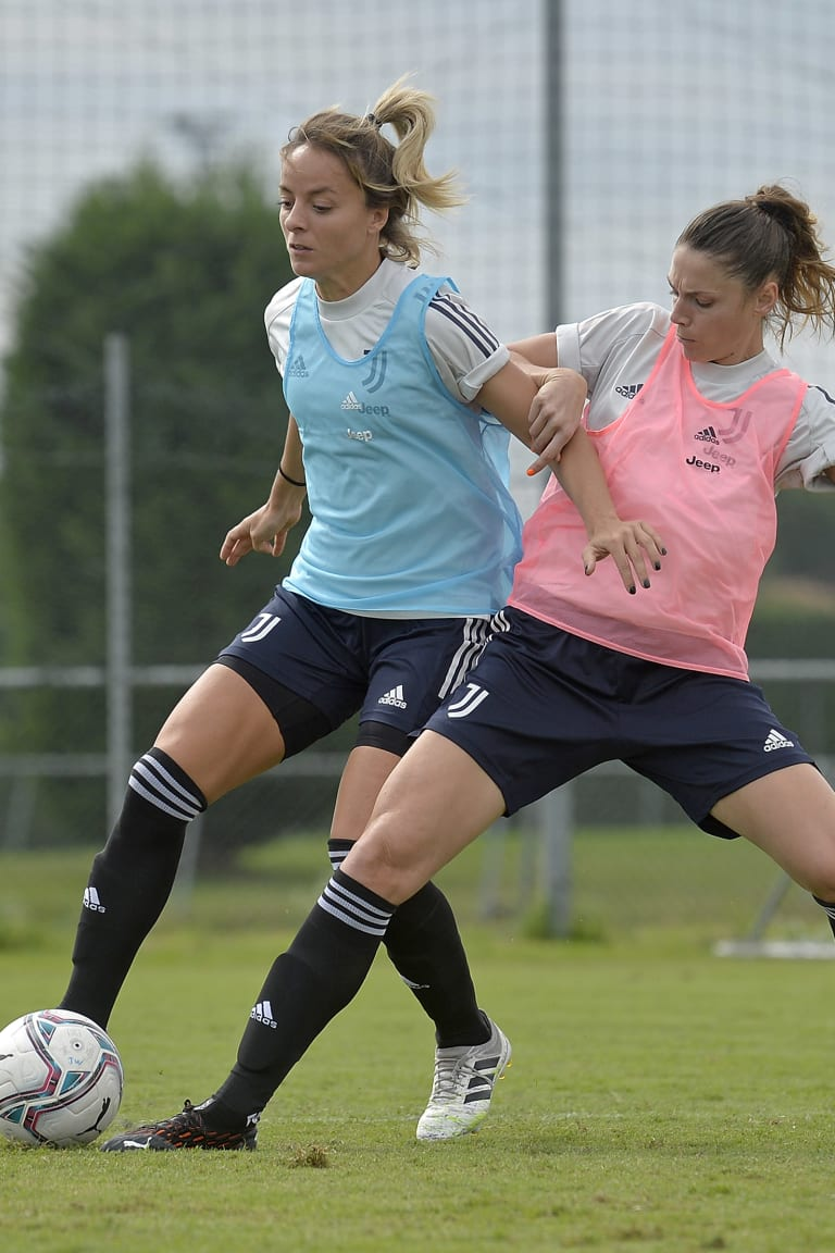 Women | On the pitch in Vinovo