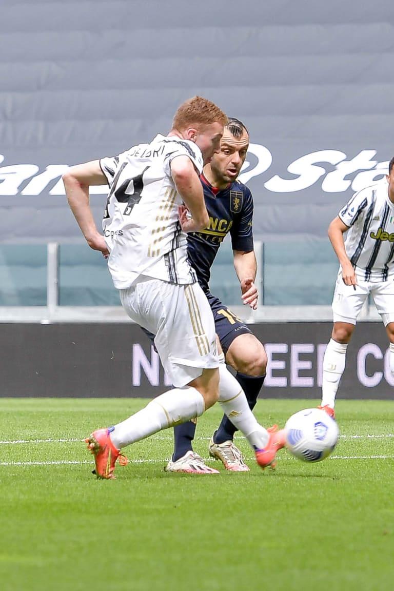 Review: Juventus - Genoa, il gol di Kulusevski