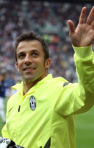 L'applauso infinito per Alex | Juventus - Atalanta