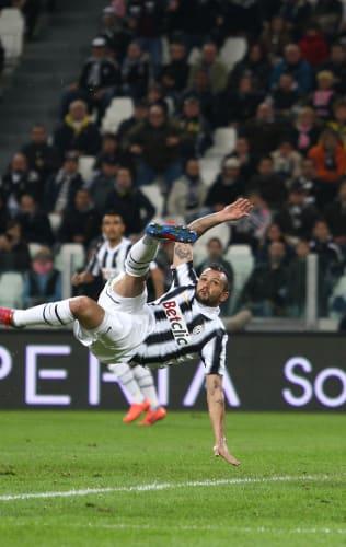 The Best Juventus Acrobatic Goals!