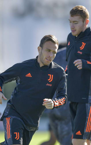 Juve's workout on the Eve of Juventus - Barcelona