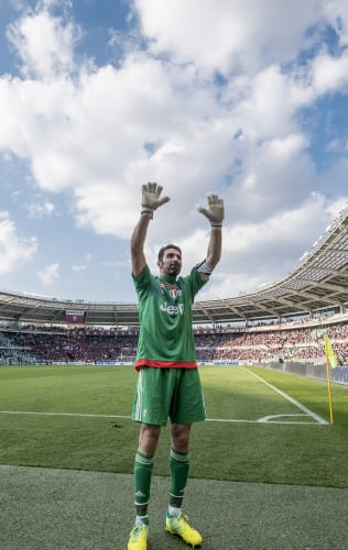 Torino - Juventus | Buffon sets Serie A record in Derby win
