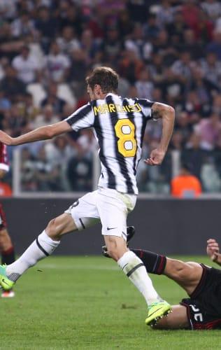 Juventus - Milan | La doppietta di Marchisio del 2011