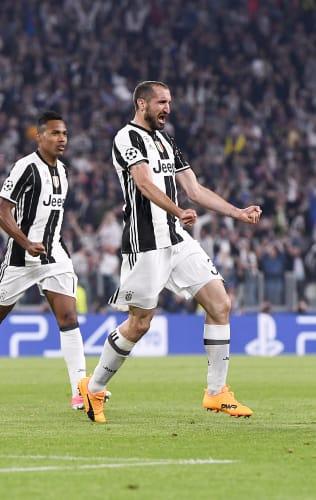 Goals From Juventus Captains! | Del Piero, Baggio, Chiellini & More